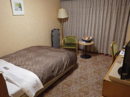 Koriyama View Hotel Annex: ベッド周り