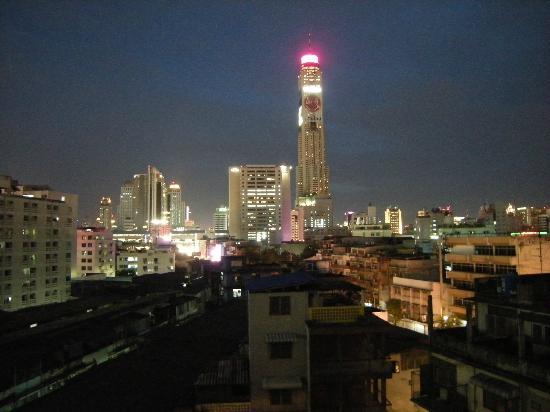 Seasons Siam Hotel: Vue de nuit