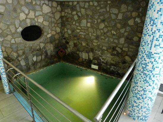 Grifo Hotel Charme & SPA: Piscina termale calda