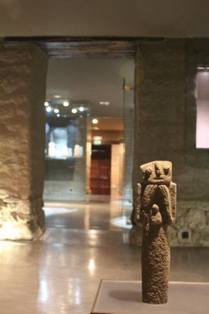 Casa del Alabado: pre-columbian artifacts