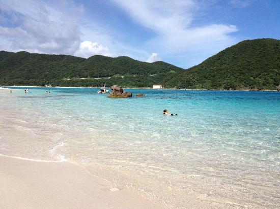 Aharen Beach: 阿波連ビーチ