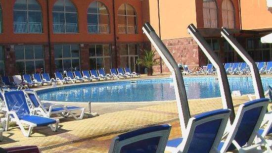 Sol Luna Bay: Der Poolbereich