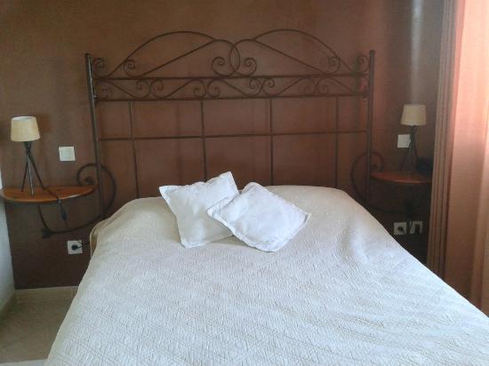 Hotel Le Gardon: chambre