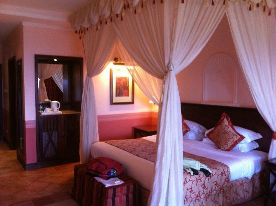 Lake Victoria Serena Golf Resort & Spa: Lovely rooms