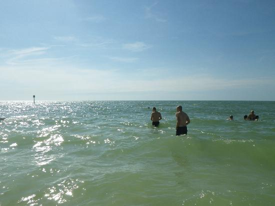 Clearwater Beach: warm and small waves