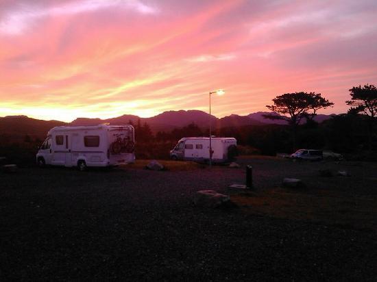 Clifden Camping and Caravan Park: sunrise