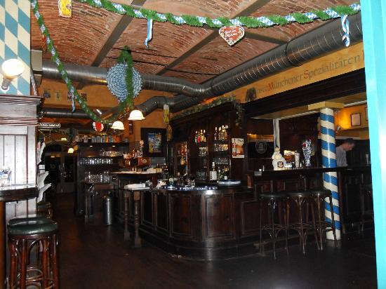 Paulaners: The Bar Area at Entrance