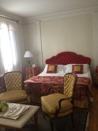 Villa Margherita Hotel: camera lato letto