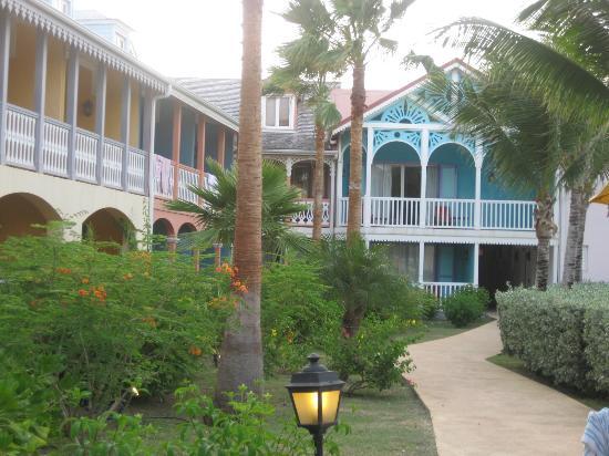 Alamanda Resort: hotel and ground