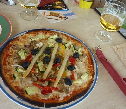 Grupotel Los Principes & Spa: Budget friendly lunch at pool bar, Grupotel Los Principes