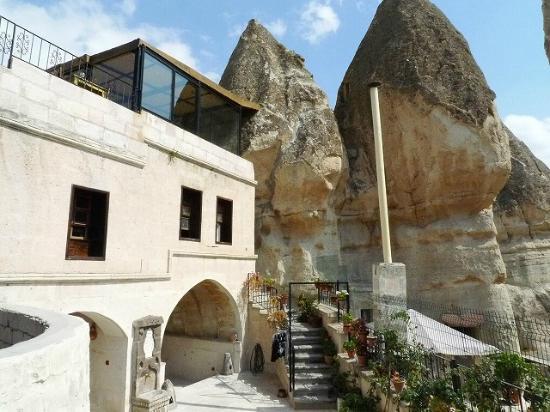 Hills Cave Hotel: ホテル