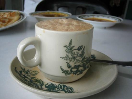 Restoran M Salim: famous teh tarik