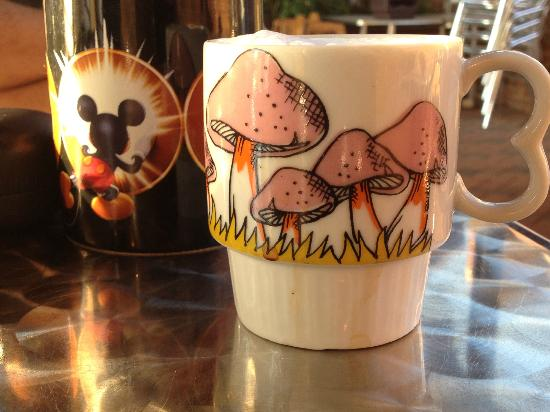 Mary's Gourmet Diner: Cappuccino in cute mugs :)