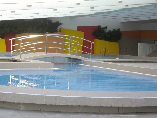 Valamar Argosy Hotel : vue partielle de la piscine