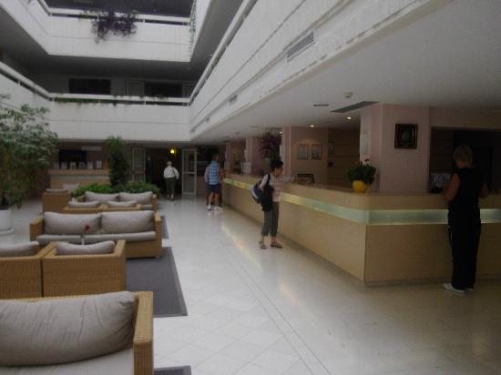 Valamar Argosy Hotel: le hall d'entrée
