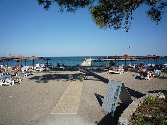 Club Marmara Kimeros Hotel: ponton accés à la mer