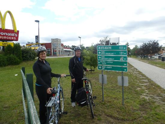 L petit Train du Nord Cycling Route: Kilometer 0 at the beginning of L Petit Train du Nord