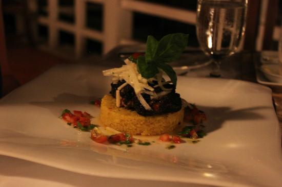 La Residence Hue Hotel & Spa - MGallery by Sofitel: Panfried mahi mahi (fish) crusted with coffee, cocoa and spices served with asian pear.