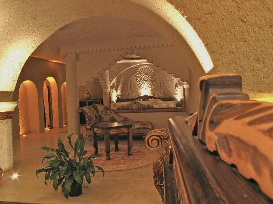 Gamirasu Cave Hotel: The bedroom