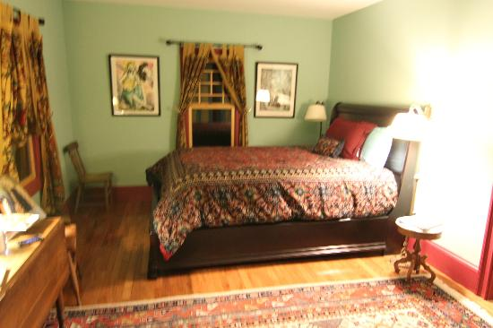 Pump House Bed and Breakfast: Our room