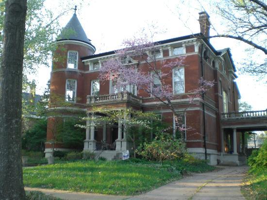 Forest Park St Louis Hotels