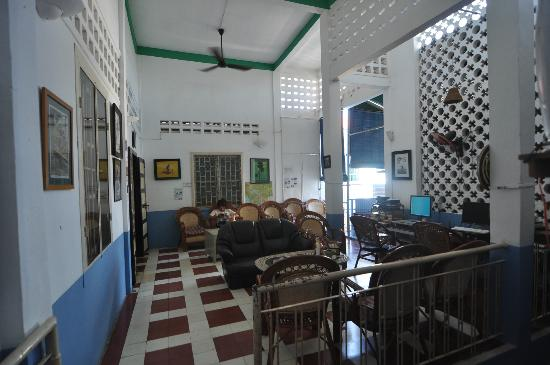 Blue Dog Guesthouse : Common area
