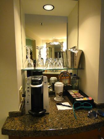 Hard Rock Hotel at Universal Orlando: Bar/Coffee Area