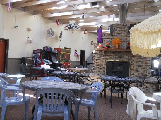 Cecil Fireside Inn : fireside