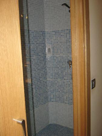 Hotel Margarit : particolare della doccia