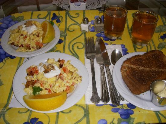 بيل أبري نابا فالي إن: Breakfast 