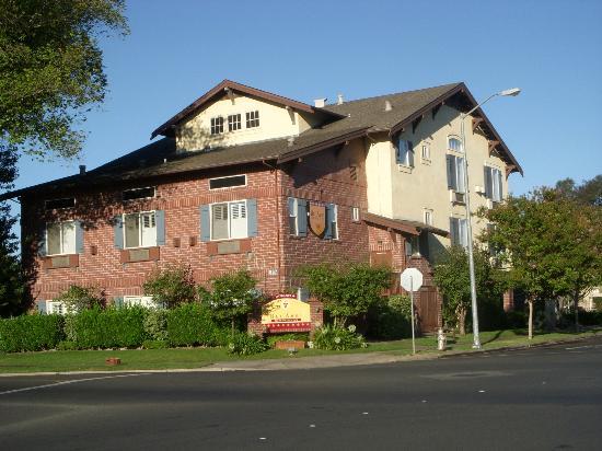Bel Abri Napa Valley Inn: Bel Abri