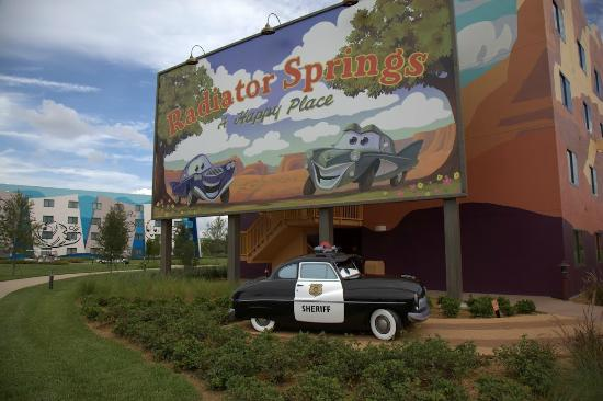 Disney's Art of Animation Resort: Car's Area