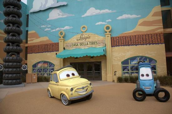 Disney's Art of Animation Resort: Cars area