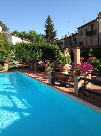 Albergo del Chianti: The pool