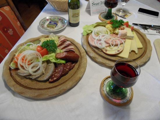 Cafe -Pension Feldbergblick: Vesperplatten beim Abendessen...