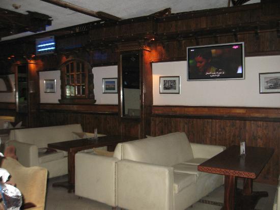 Zayed Hotel: Restaurant