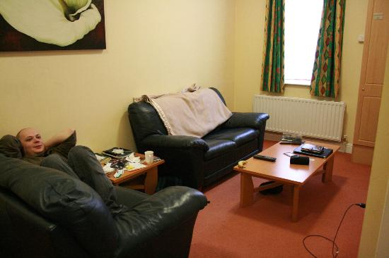 Hotel Isaacs Cork: Living room area