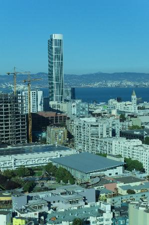 InterContinental San Francisco: view from room towards Bay, city centre