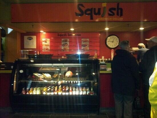 Squish Sandwich Cellar : squish