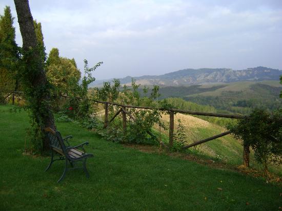 Sant'Anna Vacanze: idyllischer Blick in die Hügellandschaft der Toskana
