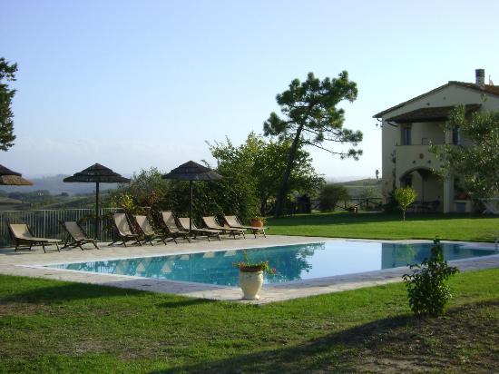 Sant'Anna Vacanze: schöner Pool- u. Relaxbereich