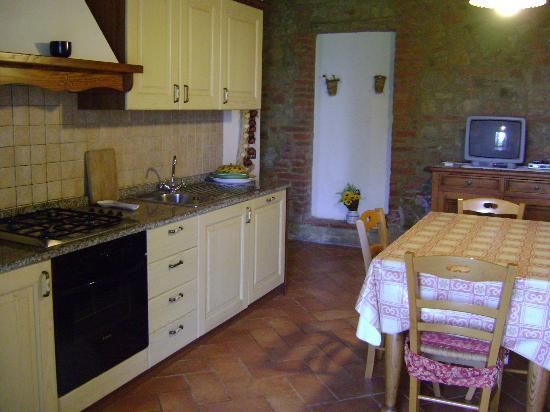 Sant'Anna Vacanze: Küchenbereich