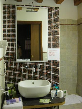 La CorteNuova Residence: 卫生间