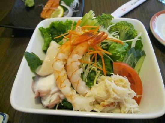 Sayuri Japanese Restaurant: シーフードサラダカニの身が沢山入っていました。