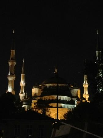 Sarnic Hotel Roof Restaurant & Bar: blue mosque