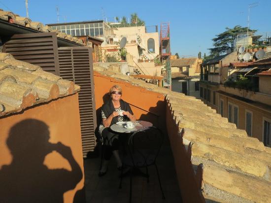 Hotel Modigliani: Rooftop terrace
