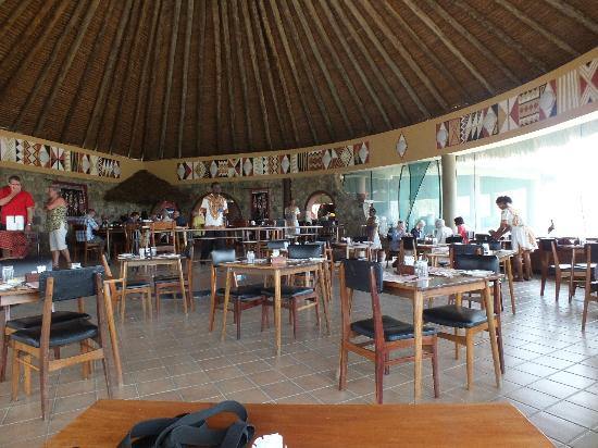 Tarangire Safari Lodge: Spacious Dining room