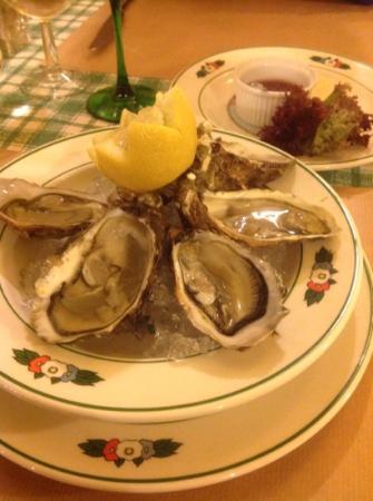 Wistub Brenner: Oysters