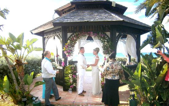 Blue Waters Antigua: our wedding in gazebo
