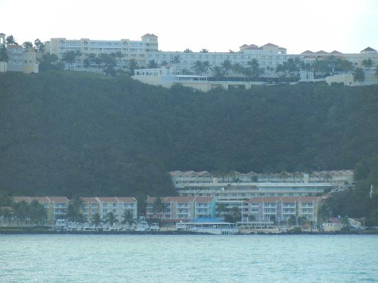Las Casitas Village, A Waldorf Astoria Resort: View from Ferry arriving back at Hotel